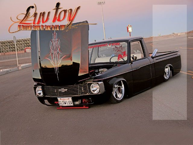 Name:  0704mt_01_z+1976_chevy_luv+front_side_view.jpg